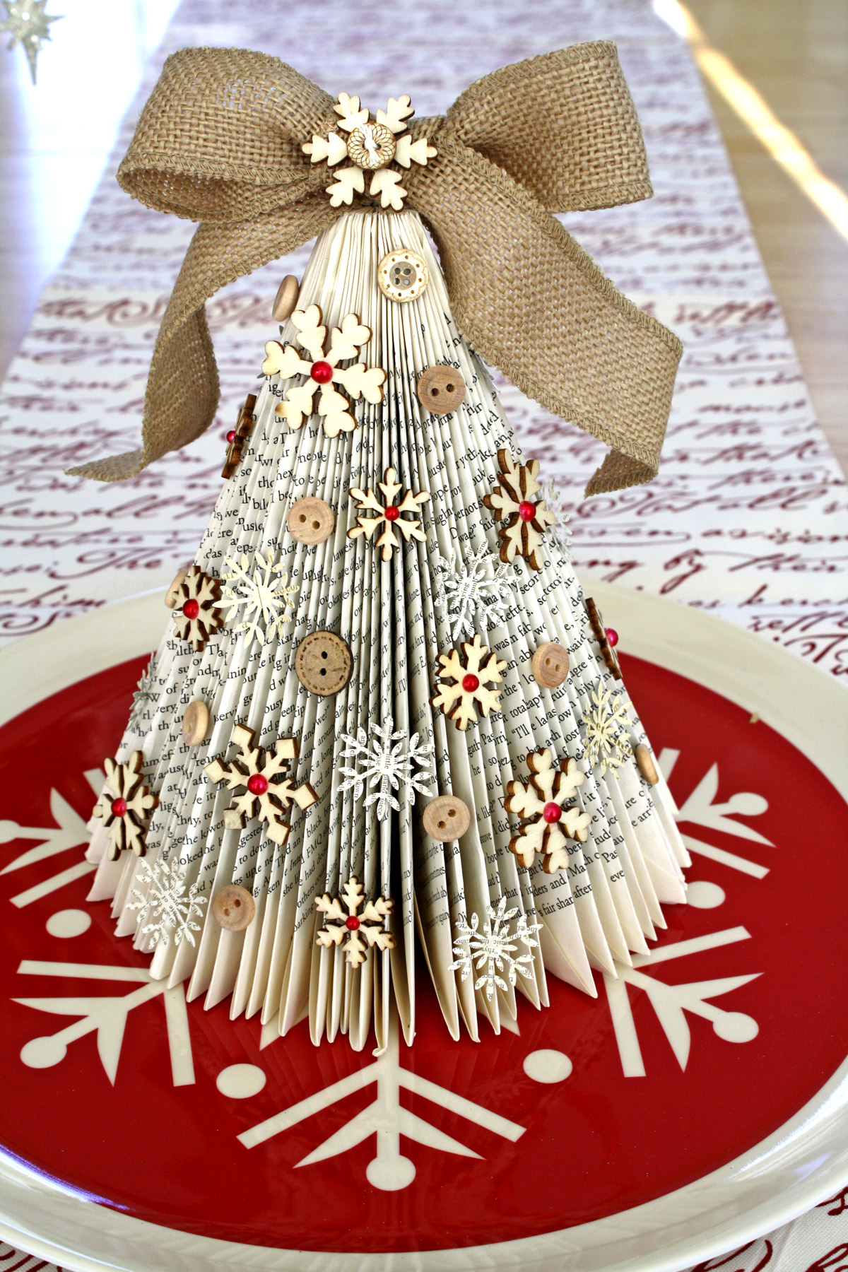 Arboles de navidad con cosas recicladas