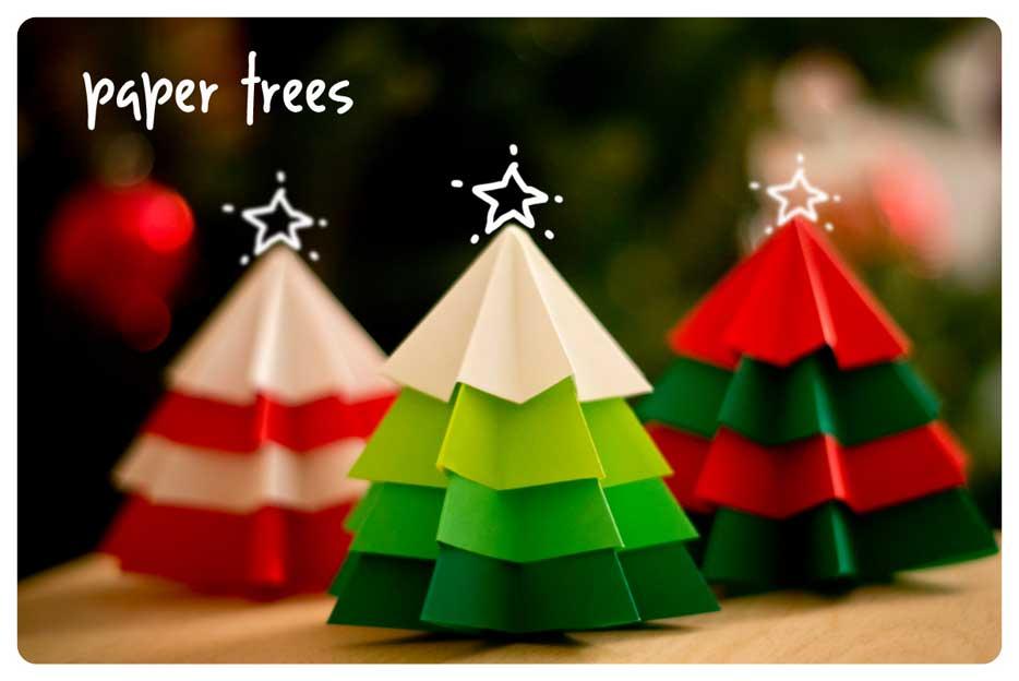 arboles de navidad con papel de colores
