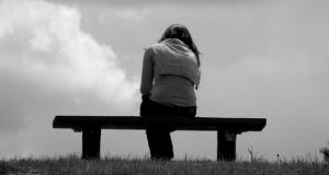 hoy te mostramos 5 señales que te demuestras que un ser querido fallecido esta a tu lado