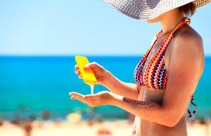 uso de protector solar para lucir mas joven