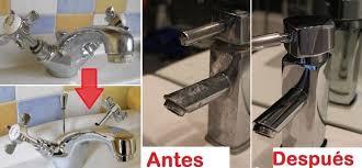 Pule y limpia los accesorios de la cocina o del baño