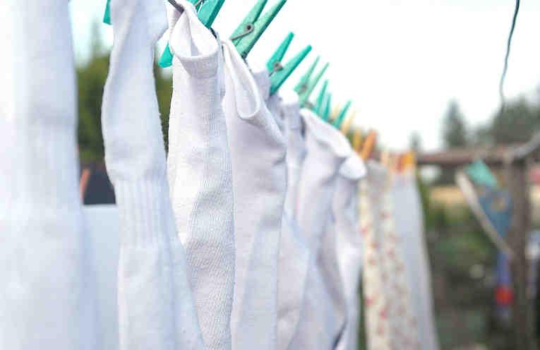 Agregue este Polvo Blanco a Mi Lavadora y la Ropa Blanca por Fin lució Verdaderamente Limpia
