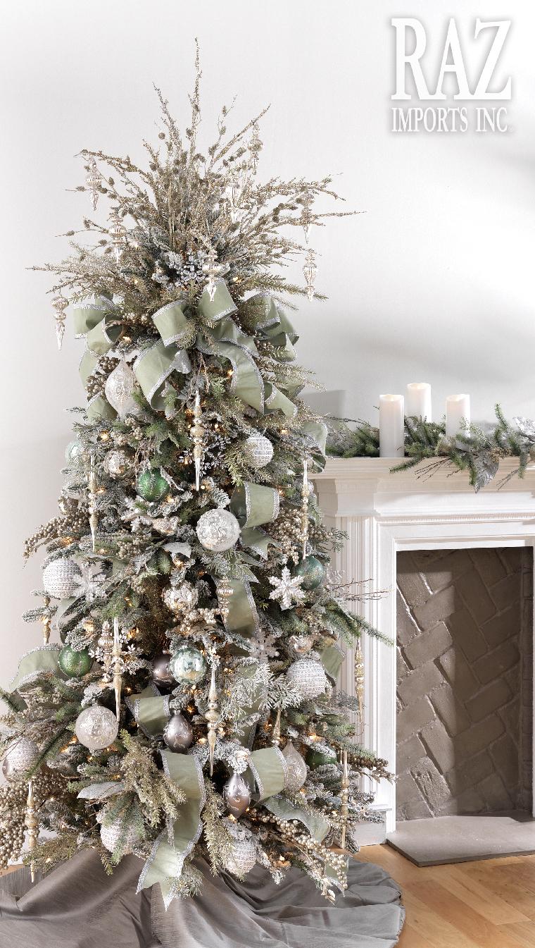Ideas para decorar árboles de navidad en color plata