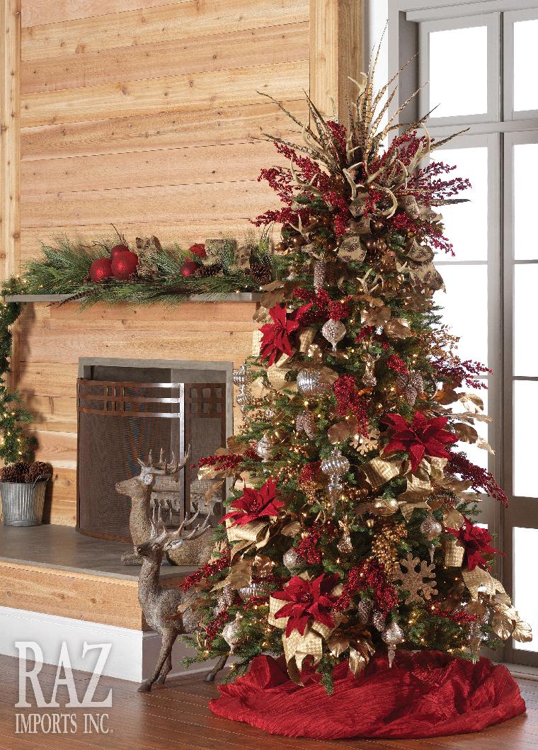 Árboles de navidad decorados en rojo