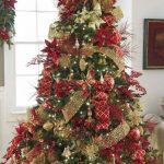 Árboles navideños rojo con dorado
