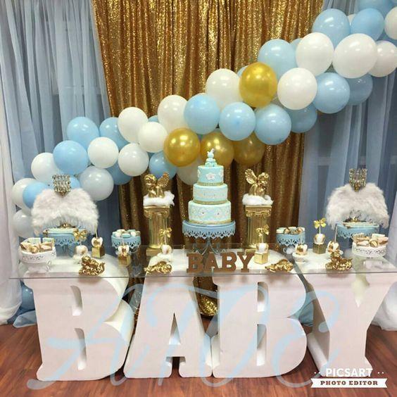 Decoración con globos para baby shower