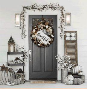 Decoración de puertas para acción de gracias