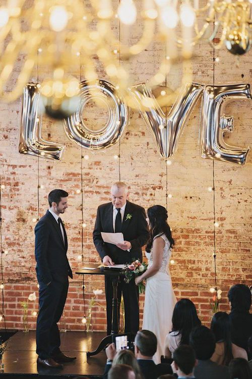 Ideas para decorar con globos una boda