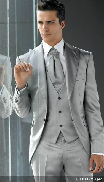 traje de novio para boda de noche
