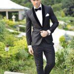 trajes de novio para boda elegantes