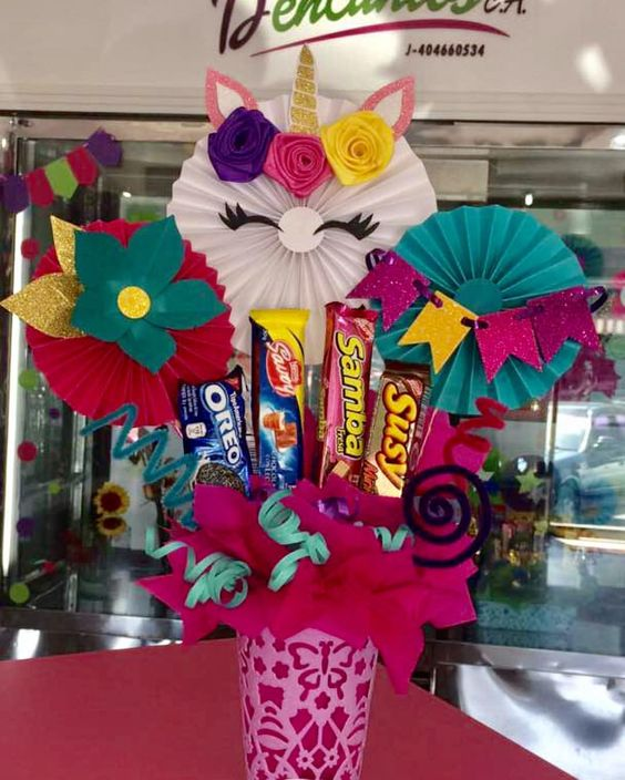 Arreglos para graduación con dulces