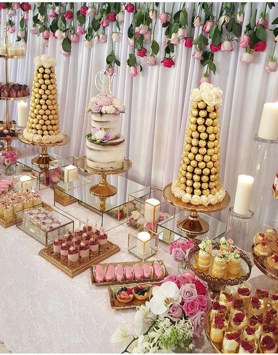 Imágenes de decoración de mesa principal de 15 años