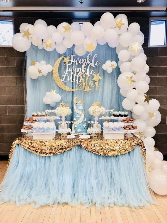 mesa de dulces para bautizoniño