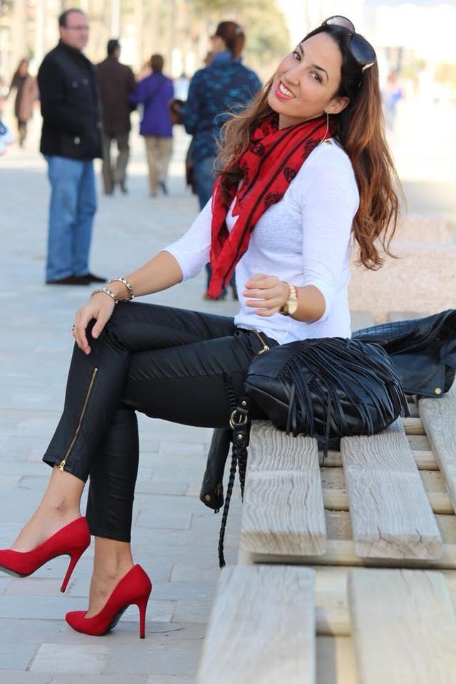 como combinar zapatillas rojos