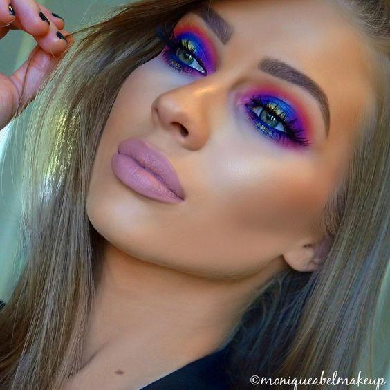 ideas para maquillar los ojos con maquillaje neon