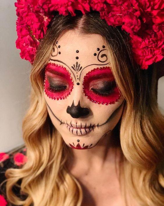 paso a paso para un maquillaje de catrina para el dia de muertos