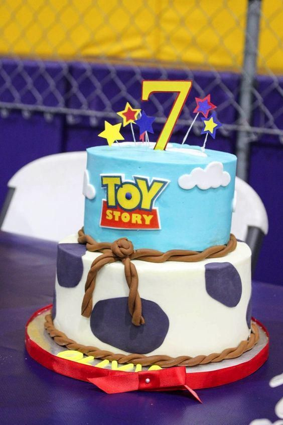 tarta de toy story 4