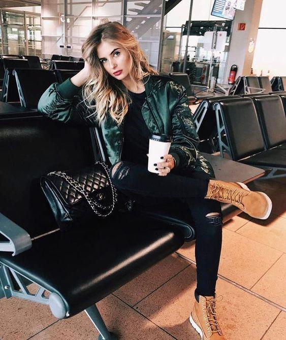 look monocromatica para viajar elegante y con estilo