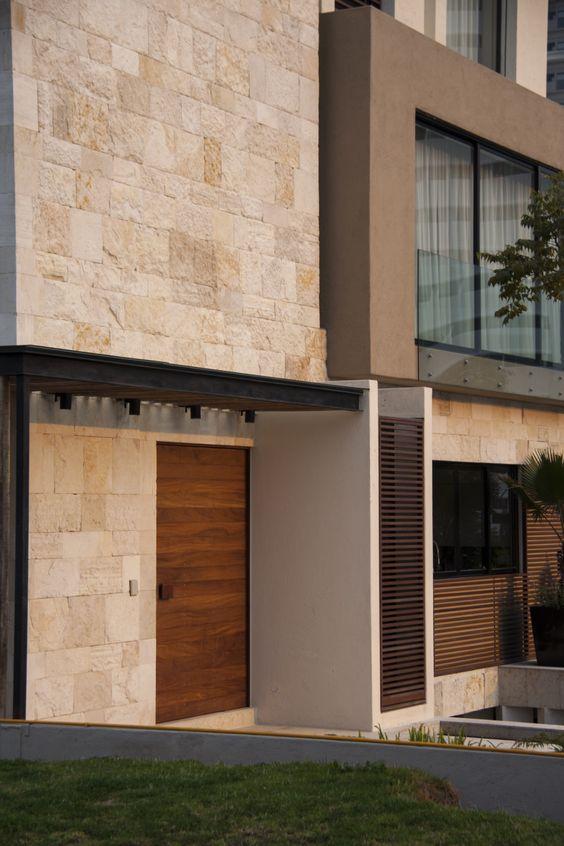 revestimientos para frentes de casas con madera