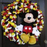 Diseños de coronas navideñas de mickey mouse